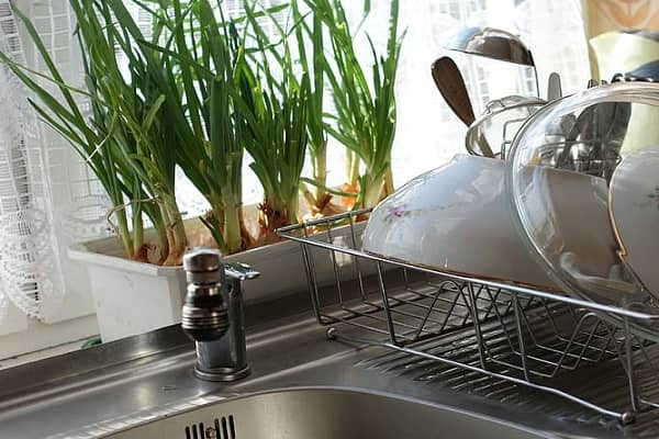 Install A Kitchen Faucet